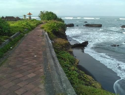 Mengening Beach Bali, Mengening Black Sand Beach