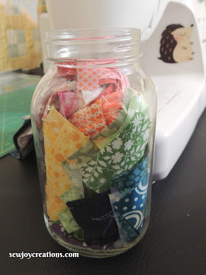 Quilter's soup jar quilting challenge