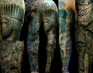 gambar tato lengan Romawi