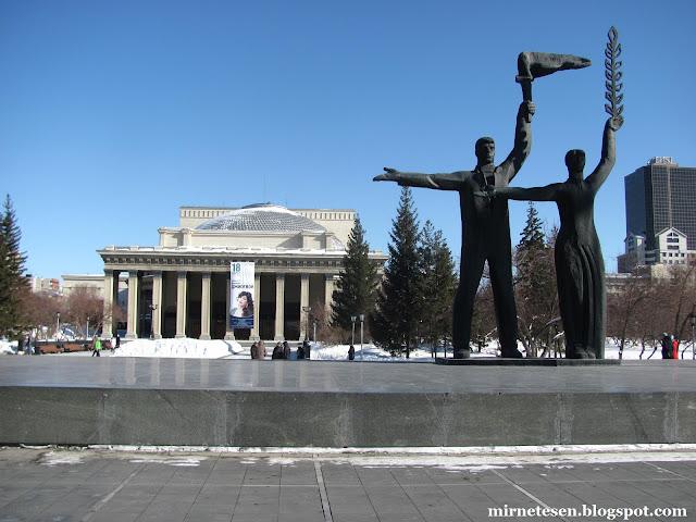 Новосибирский театр - самый большой оперный театр России