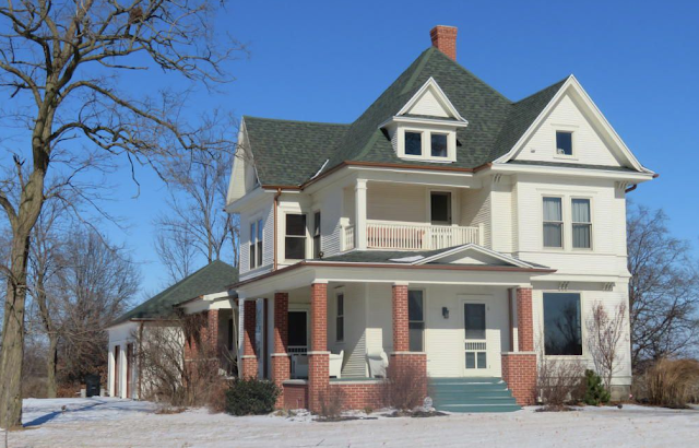 1910 large Sears house in Mexico, Missouri -- Model No 118