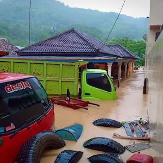 Banjir di Katibung, Puluhan Rumah Terendam