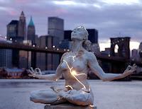 Green Pear Diaries, arte, esculturas, estatuas, Expansión, por Paige Bradley, Nueva York