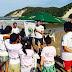 Nadador olímpico incentiva a prática do surfe entre crianças no RN