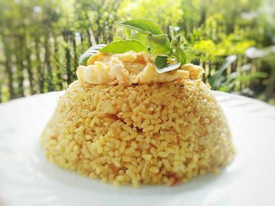 Resep Nasi Kuning Gurih Telur Dadar