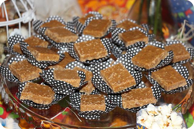Decoração de Festa Caipira - Junina : Doce de Amendoim