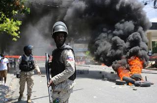 Jefe policial haitiano resulta herido en víspera de protestas
