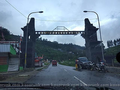 Gerbang Dieng Plateau