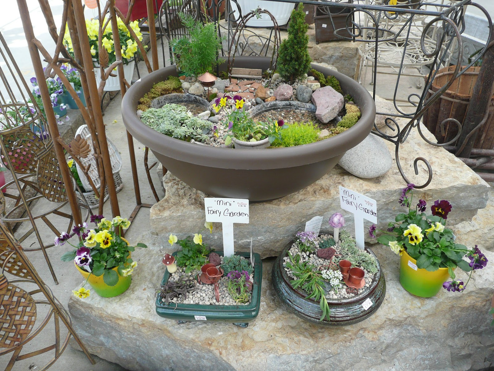 fairy garden ideas for small spaces image - Fairy Garden Ideas For Small Spaces