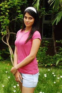 Sayenthara (4).jpg