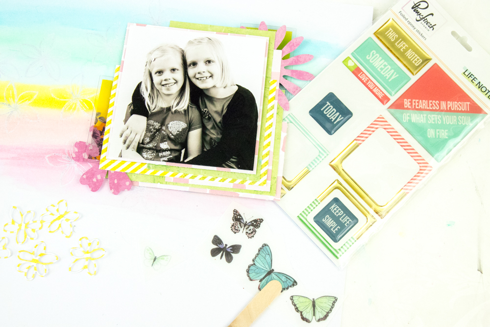 Mixed Media Scrapbooking Tutorial mit Terhi Koskinen