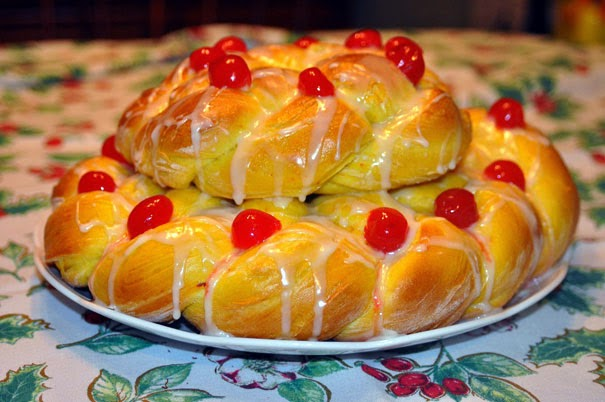 Catholic News World St Lucy Crown Recipe Special Sweet Bread