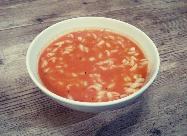 domowa zupa pomidorowa zabielana pomidorowka pomidorowa z makaronem pomidorowa z koncentratu pomidorowa ze smietana pomidorowa jak u mamy pomidorowa jak u babci
