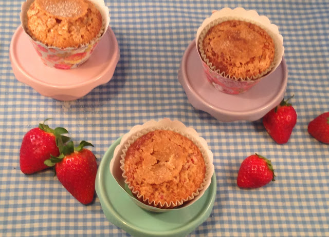 strawberry-muffins, muffins-de-fresas