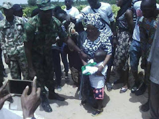 See Burial Photos Of Airforce Officer Killed By Her Jealous Lover As She Buried Amidst Tears In Lagos (Photos) 2
