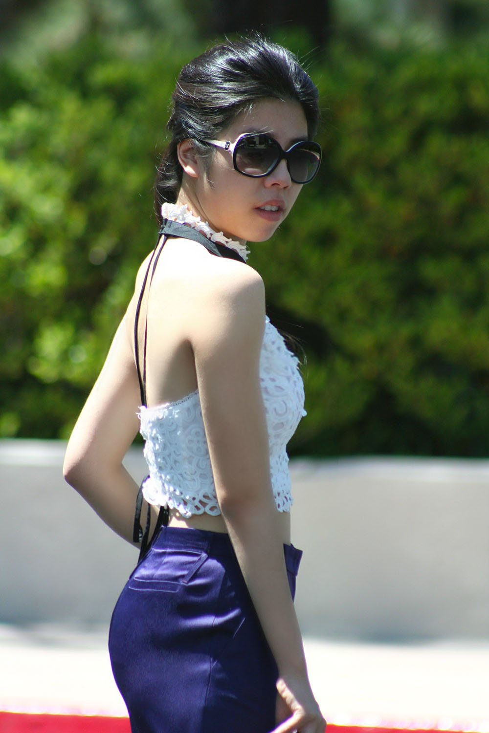 How To wear a crop top to work_Classy and Fashionable_Adrienne Nguyen_Invictus