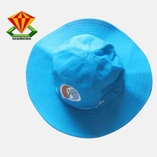 Thực hiện sản xuất nón tai bèo quảng cáo, nón tai bèo du lịch, nón tai bèo sự kiện cho khách