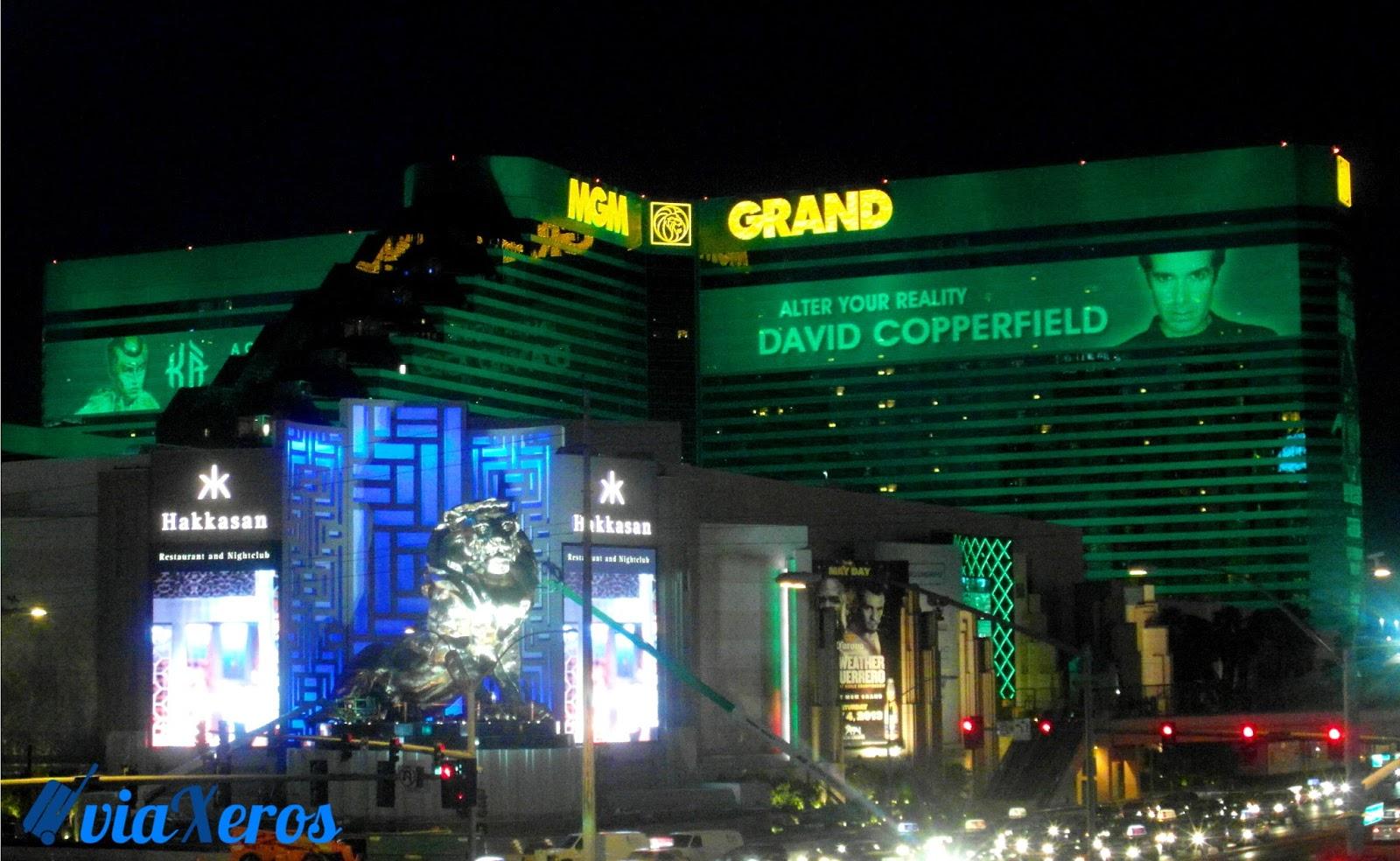 Blog de viajes :: viaxeros: Día 11: Las Vegas Sign, Outlet y Hoteles ...