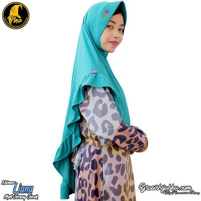 Khimar Jersey Desain Simple Model Pinguin variasi Bunga Renda