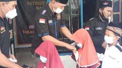 Giat Bulanan, DPAC PPBNI Kecamatan Rajeg Santuni Anak Yatim
