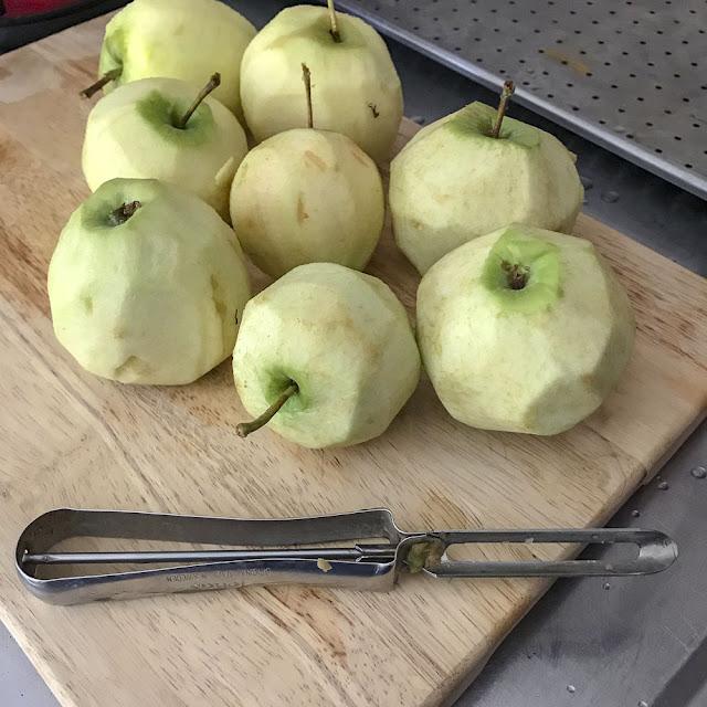 äpplen, apples