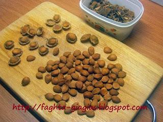 Αρωματική πούδρα πικραμύγδαλου (αμαρέτο), η σπιτική εσάνς πικραμυγδάλου - από «Τα φαγητά της γιαγιάς»