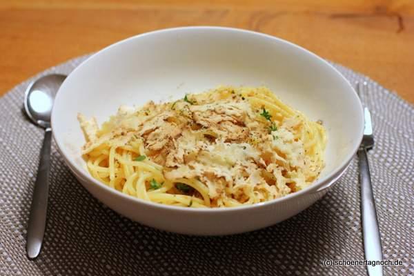 Spaghetti aglio e olio mit Belper Knolle