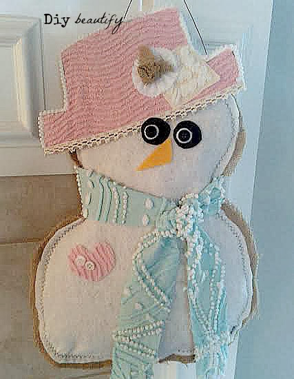 Burlap snow girl door hanging with vintage chenille | DIY beautify