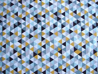 Látka retro trojuholníky horčicové