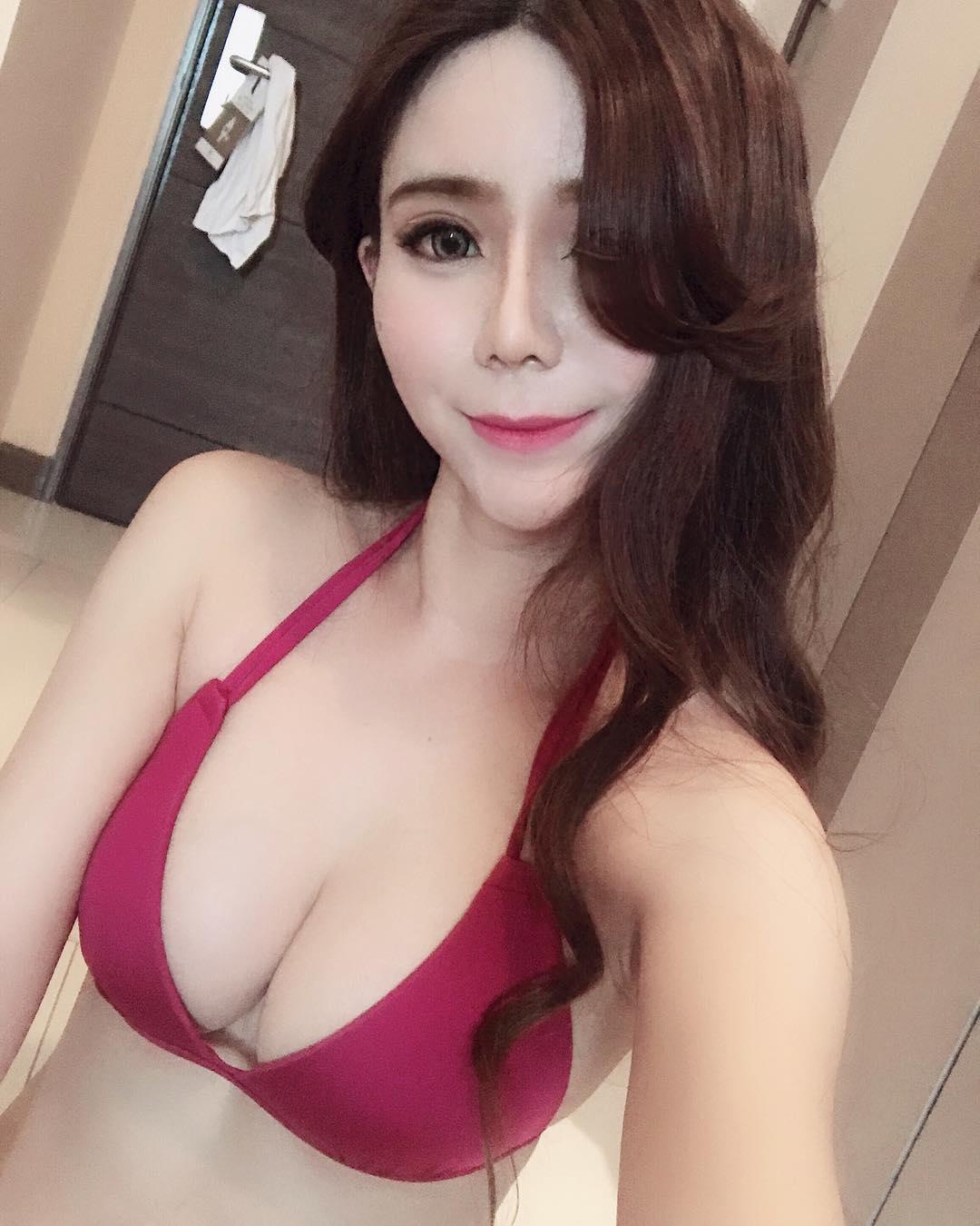 China Beautyful Girl Pic No.045 || Ni Ni