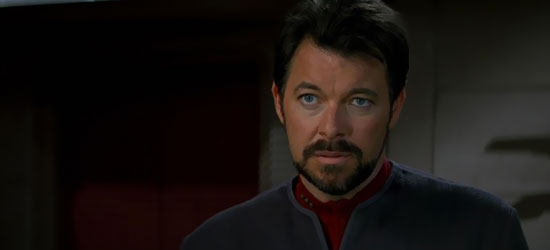 Il Comandante William Riker (Jonathan Frakes) in una scena del film Star Trek Primo Contatto - TG TREK: Notizie, Novità, News da Star Trek