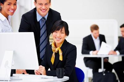 Empat Tips Untuk Membuat Hari Kerja Anda Lebih Bahagia