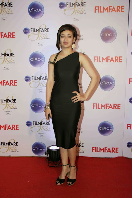 Akshara Haasan Sexy Stills From The Ciroc Filmfare Glamour and Style Awards 2015