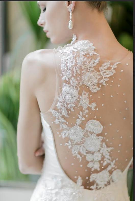 197274fe25aa Estilista promove bazar de vestidos de noiva e de festa com 90% de desconto