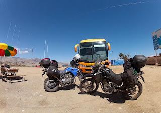 Motos na fronteira Bolívia / Peru.