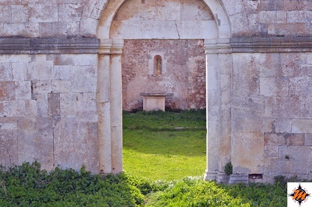 Bussi sul Tirino, chiesa di Santa Maria di Cartignano