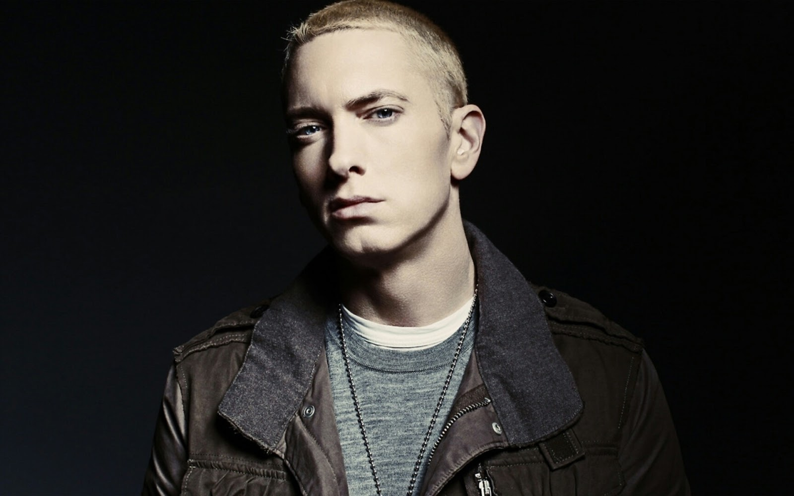 So Far... - Eminem: Testo (lyrics), traduzione e video