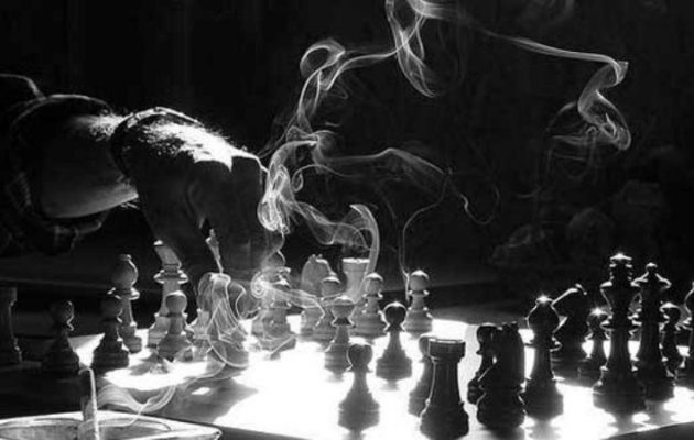 """Πιόνι """"παρατηρητής"""" η Ελλάδα στη γεωπολιτική σκακιέρα"""