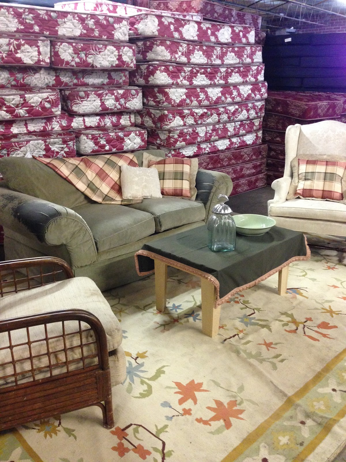 Donate Out Couch And Kitchen Table And Chairs