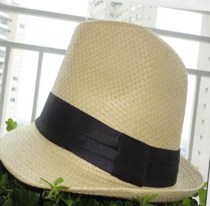 Quase morri na hora que eu vi o preço do chapéu Panamá que elas vendem  lá... R 55 fc0342f3235