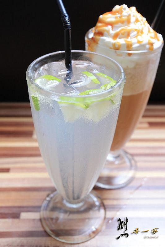 淡水捷運下午茶|微幸福比利時列日鬆餅|海風餐廳旁