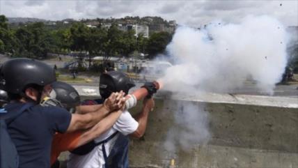 Hombre que atacó base aérea de Caracas recibió $10 millones