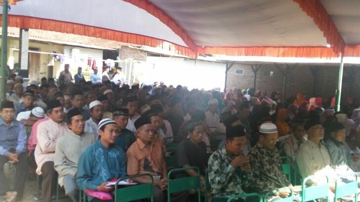 """Kajian Rutin PCM Watulimo: """"Memilih Selain Islam Sebagi Jalan Hidup Maka Kebaikannya akan Hancur Seperti Debu Beterbangan"""""""