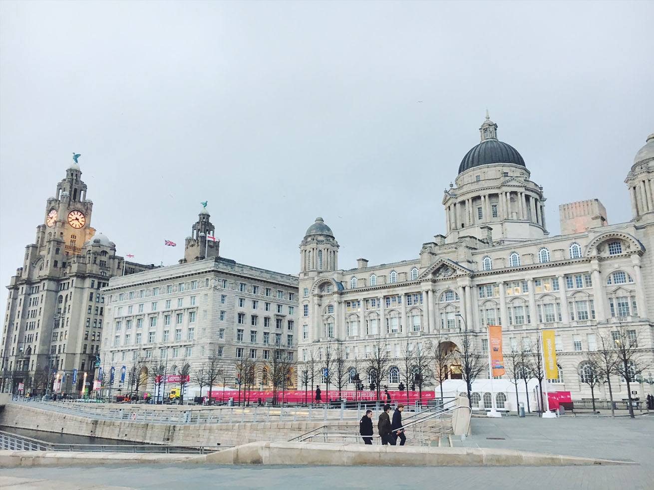 the three graces liverpool pier head, liverpool architecture