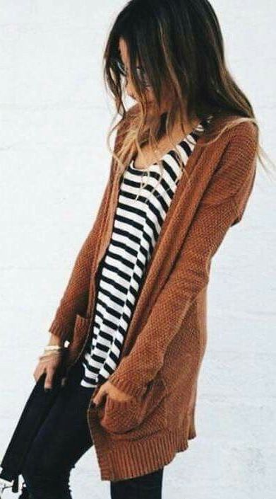 fall outfit idea_knit cardigan + stripped top + rips