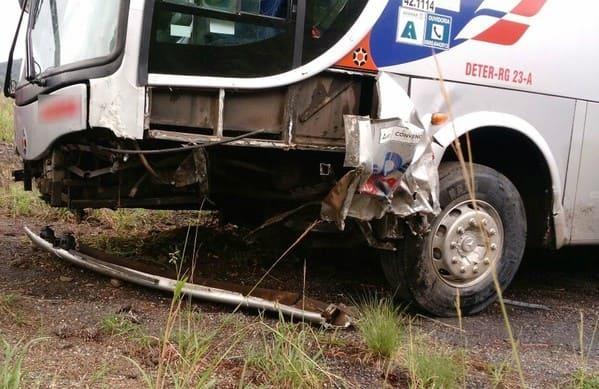 Acidente com ônibus da Reunidas causa a morte de uma pessoa na BR-282 em SC