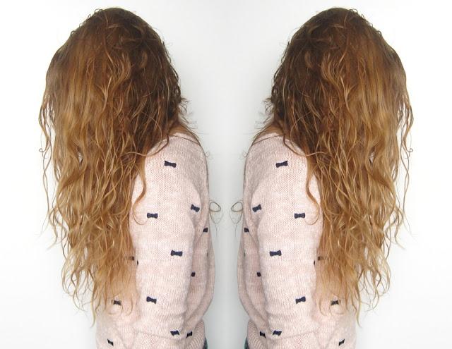 Pierwsza próba wydobycia skrętu na moich włosach | Kobiecy