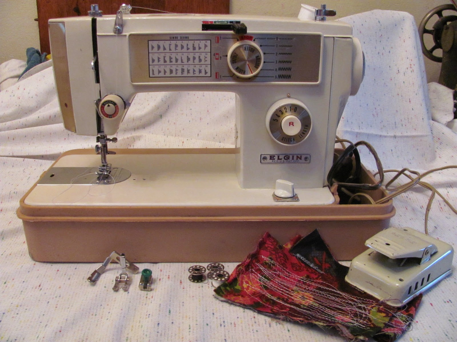 I Have Been Trying Hard To Find Out Just What Company Elgin Really Is It White Sewing Machine A Singer Clone Morse Janome