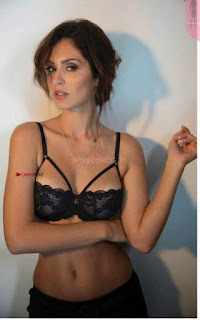 Bruna Abdullah Bikini (5) ~ Celebs.in Exclusive.jpg