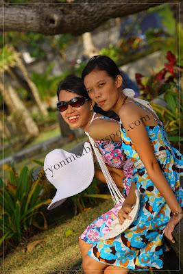 Girls_on_pose